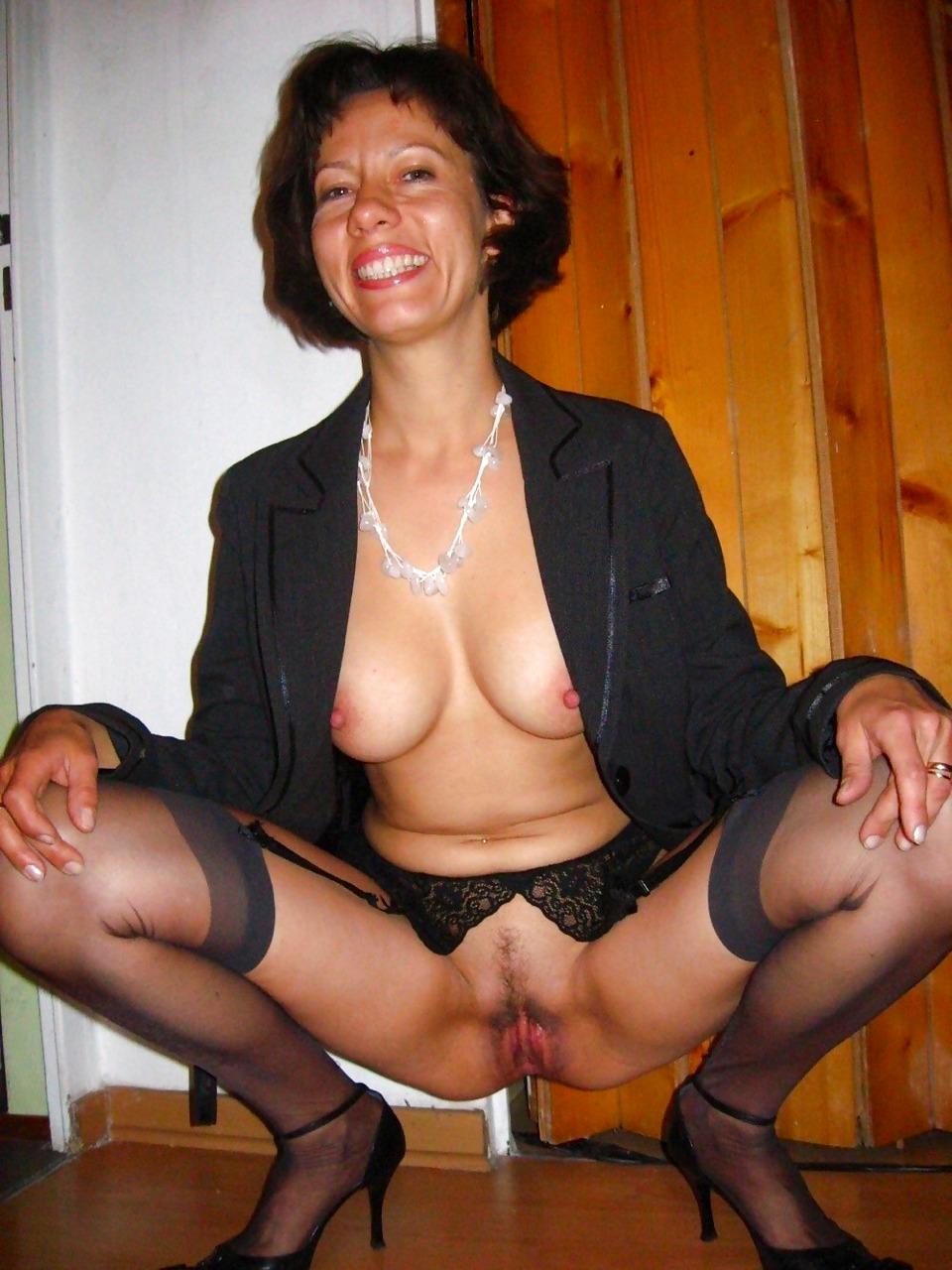 Femme femme russe chaude novembre
